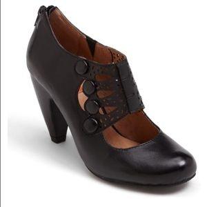 Miz Mooz Sz 6 Sharon Black Pump Heels Worn1X $140